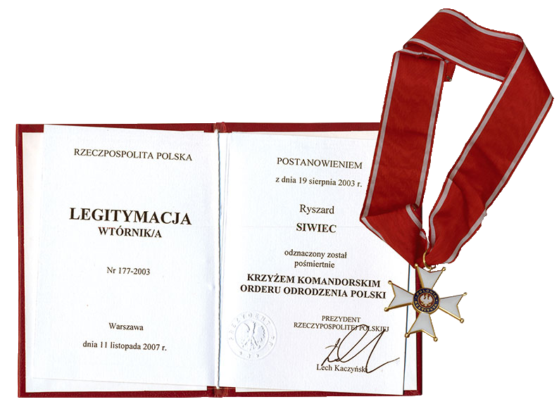 The Commander's Cross of the Order of Polonia Restituta (2003, collected by his family in 2007)